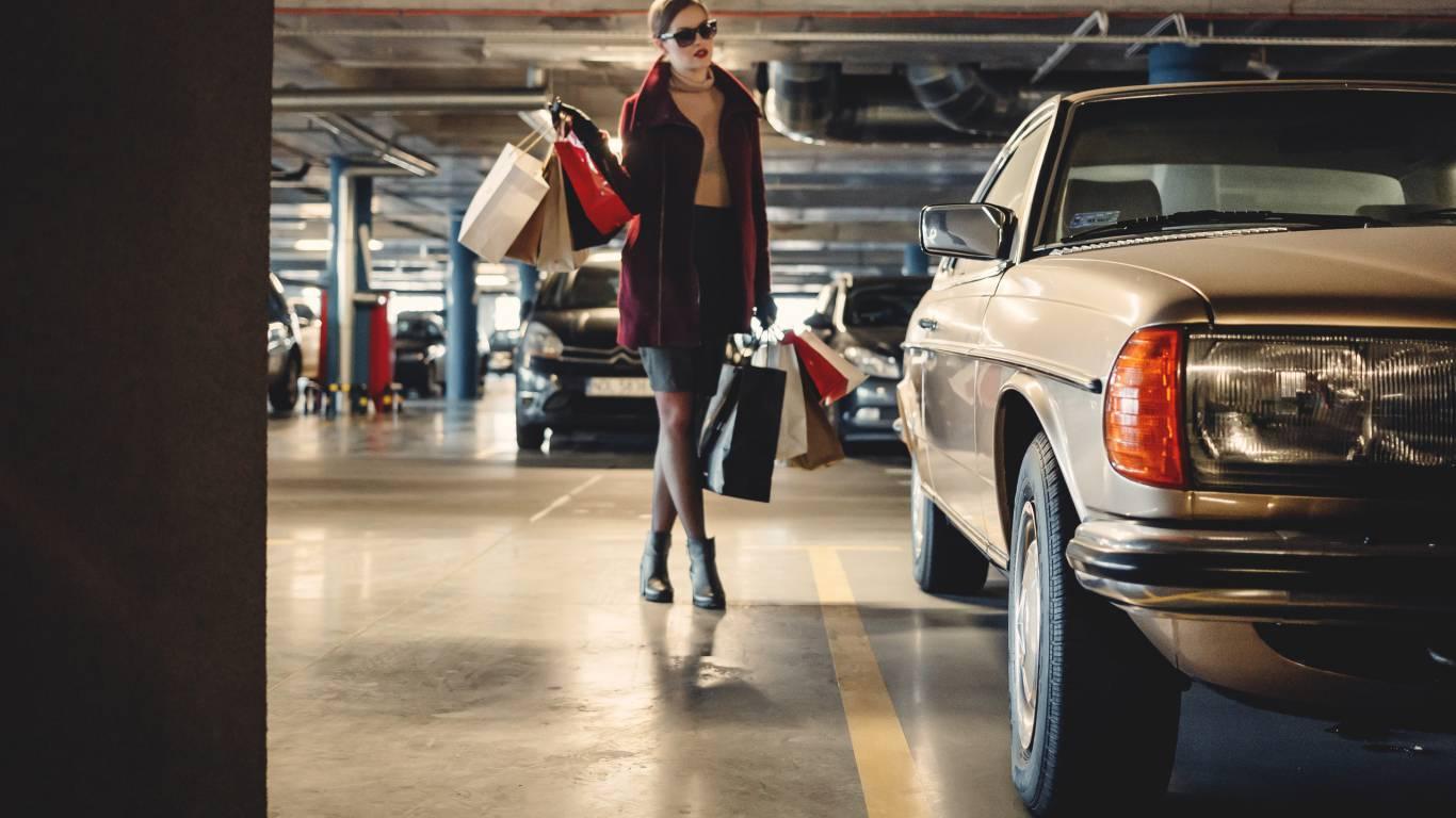 Hotel-Rondinella-e-Viola-Rimini-parking