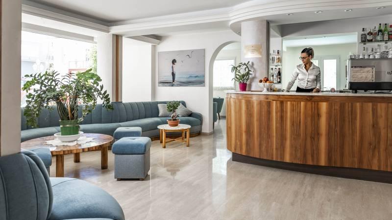 Hotel-Rondinella-e-Viola-Rimini-nuovo-Hall-1