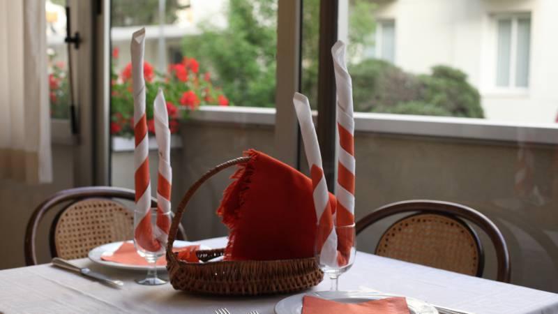 Hotel-Rondinella-e-Viola-Rimini-restaurant-2160